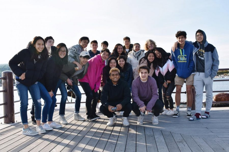 English Circle, a high school service club that teaches English to children involed in the 3/11 disaster, travel to the Tohoku region during Explorations Week in November 2018.