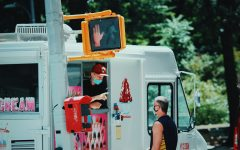 Navigation to Story: Ice Cream Trucks and Nightclubs: The Frontiers of Vaccine Distribution
